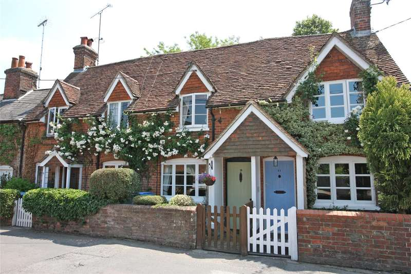 2 Bedrooms Terraced House for sale in The Borough, Crondall, Farnham, GU10