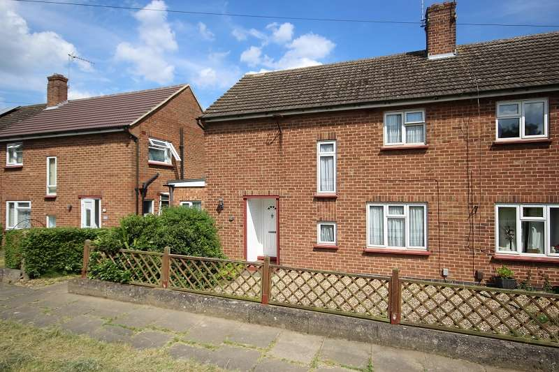 3 Bedrooms Semi Detached House for sale in Windsor Road, Wellingborough, Northamptonshire. NN8 2NB