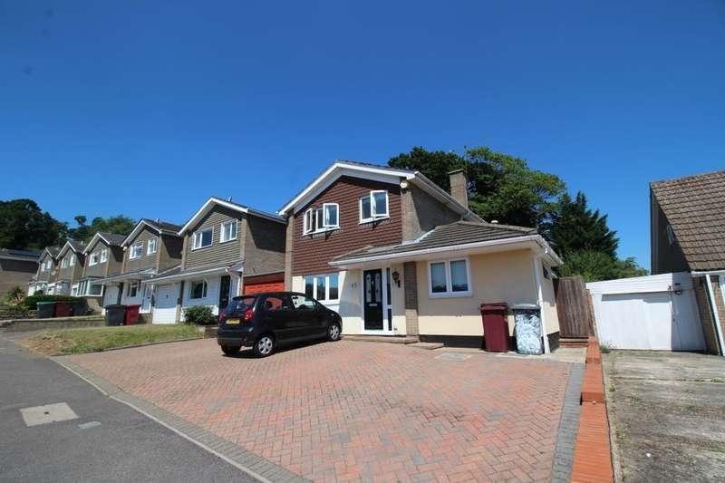3 Bedrooms Detached House for rent in Broomfield Road, Tilehurst, Reading, RG30