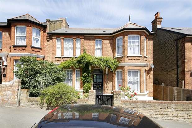 3 Bedrooms Flat for sale in St Julians Farm Road, West Norwood