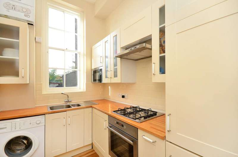 1 Bedroom Flat for sale in Percy Circus, King's Cross, WC1X