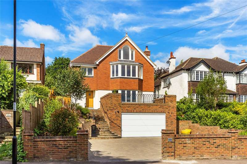 5 Bedrooms Detached House for sale in Riddlesdown Road, Purley, CR8