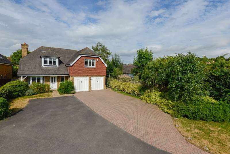 4 Bedrooms Detached House for sale in Willow Bank, Willesborough Lees, Ashford, TN24