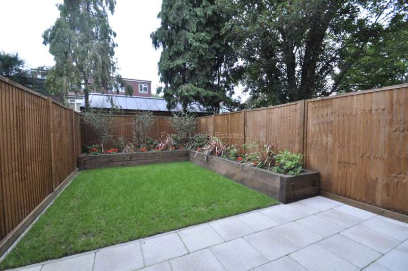 3 Bedrooms Town House for sale in Sir Alexander Close, Acton, W3 7JQ