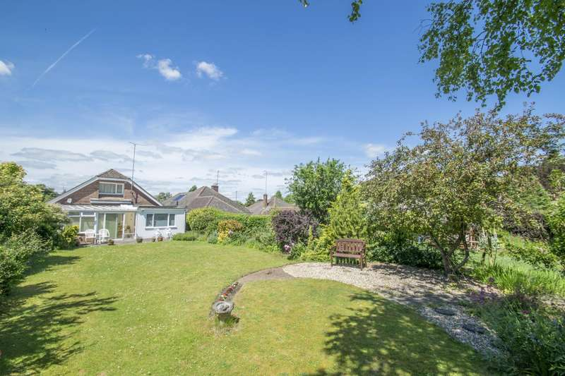 4 Bedrooms Detached House for sale in Summerfield Rise, Goring, Reading, RG8