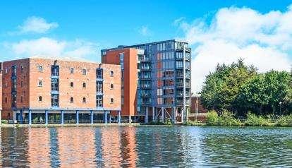 2 Bedrooms Flat for sale in City Wharf, Atlantic Wharf, Cardiff, Caerdydd