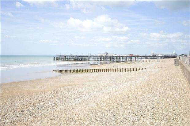 2 Bedrooms Flat for sale in White Rock, HASTINGS, East Sussex, TN34 1JY