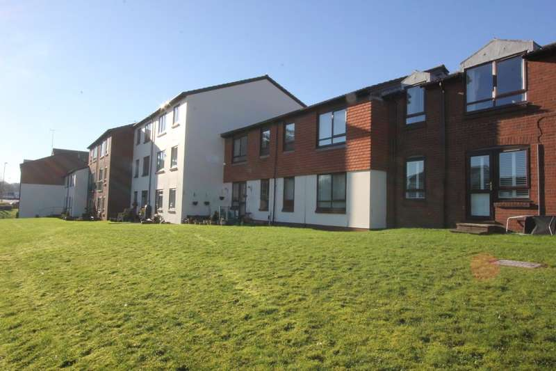 1 Bedroom Flat for sale in Pebble Court, Paignton