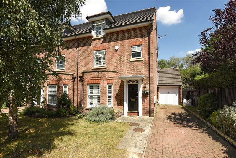 5 Bedrooms Semi Detached House for sale in Harlech Gardens, Pinner, Middlesex, HA5