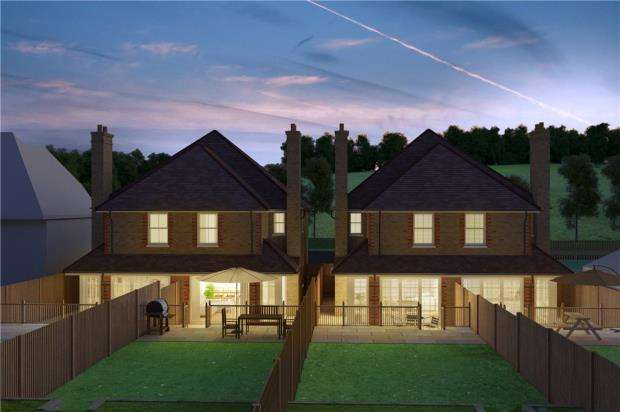 4 Bedrooms Semi Detached House for sale in Pursers Lane, Peaslake, Guildford