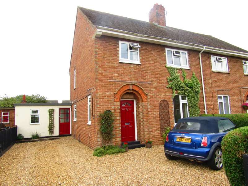 3 Bedrooms House for sale in Victory Avenue, Whittlesey, PE7