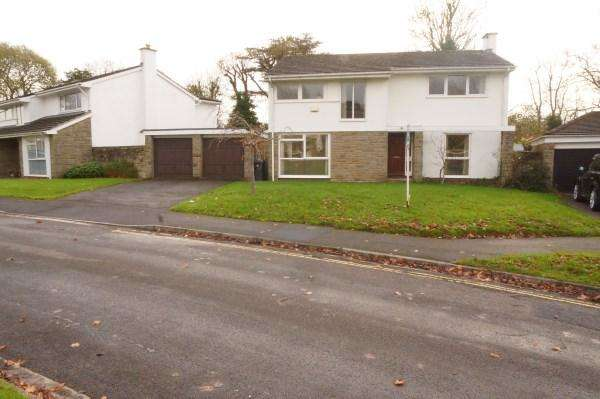 4 Bedrooms House for sale in The Newlands, Frenchay, Bristol, BS16 1NQ