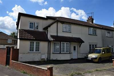 5 Bedrooms Semi Detached House for sale in The Meadow Way, Harrow Weald