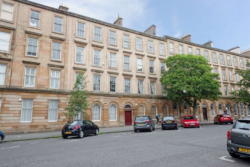 2 Bedrooms Ground Flat for sale in Minerva Street, Glasgow, G3 8LD