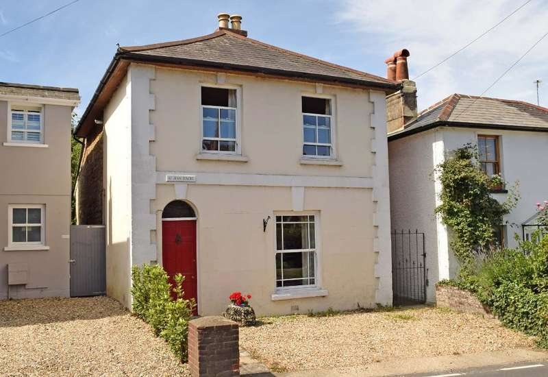3 Bedrooms Detached House for sale in Kings Road, Bembridge, Isle of Wight, PO35 5NB