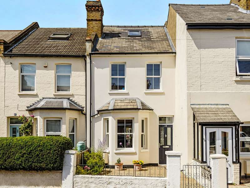 3 Bedrooms Terraced House for sale in Teddington