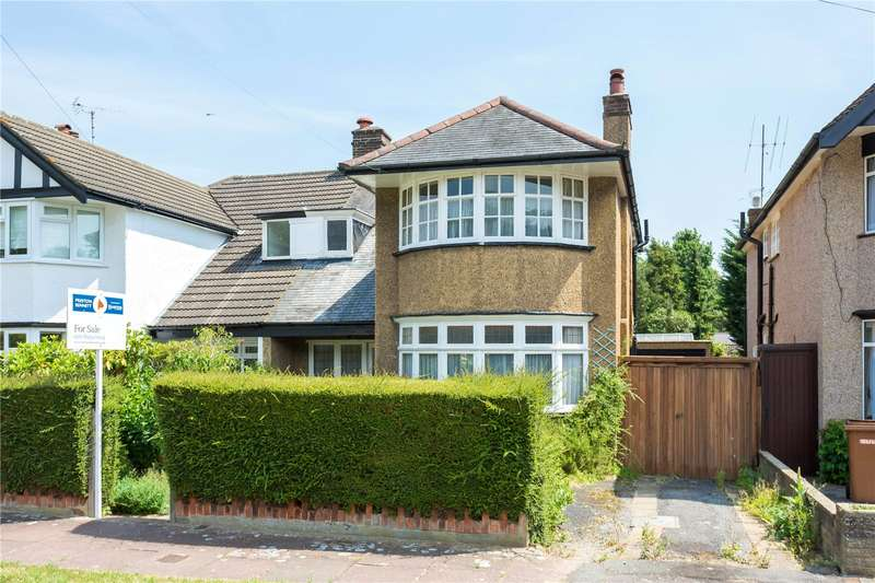 3 Bedrooms House for sale in Golf Close, Stanmore, HA7