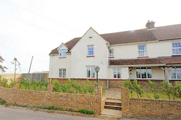 5 Bedrooms Semi Detached House for sale in Dully Road, Tonge, Sittingbourne, Kent