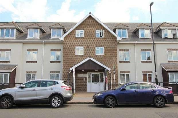 3 Bedrooms Flat for sale in Bensham Lane, Thornton Heath, Surrey