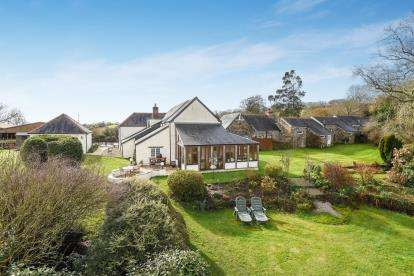 3 Bedrooms Detached House for sale in Pillaton, Saltash, Cornwall