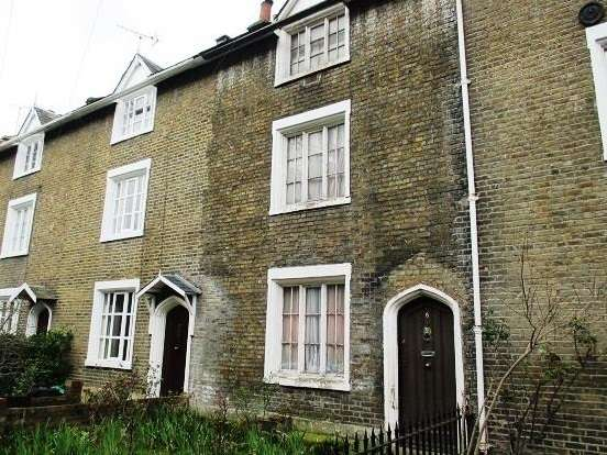 3 Bedrooms Terraced House for sale in Maria Terrace, Stepney