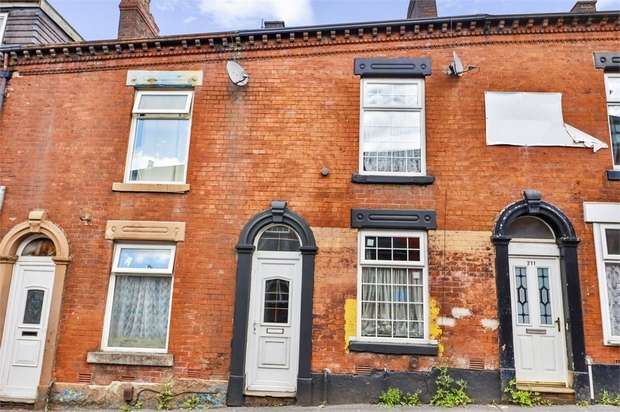 2 Bedrooms Terraced House for sale in Waterloo Street, Oldham, Lancashire