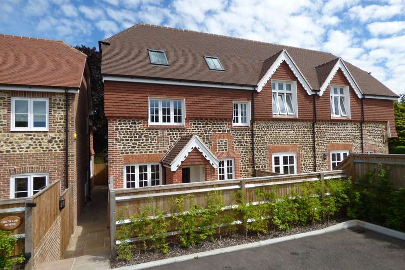 4 Bedrooms Semi Detached House for sale in The Street, Stedham, Midhurst, GU29
