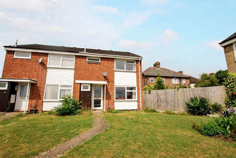3 Bedrooms Semi Detached House for sale in Batchelors Way, Chesham, HP5