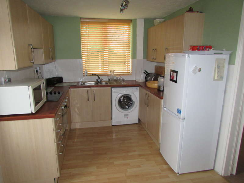3 Bedrooms Semi Detached House for sale in Wolvesey Place, Winsford