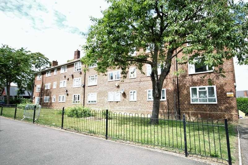 1 Bedroom Flat for sale in Central Road, Morden