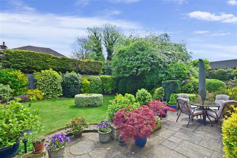 4 Bedrooms Detached House for sale in Tollgate Way, Sandling, Maidstone, Kent