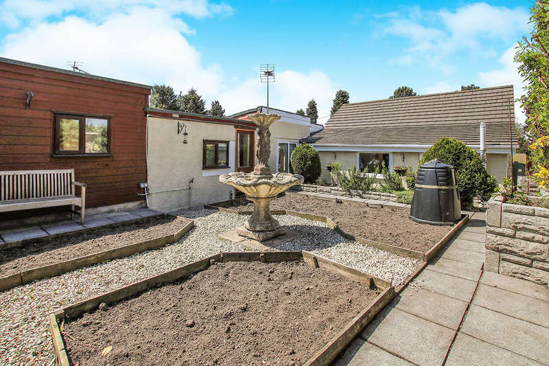 3 Bedrooms Detached Bungalow for sale in Llamudos North Road, Whitemoor,Nanpean, ST. AUSTELL, PL26
