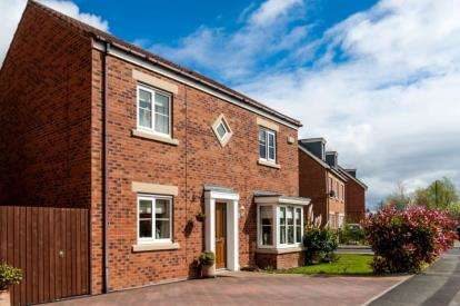 4 Bedrooms Detached House for sale in George Stephenson Drive, Darlington