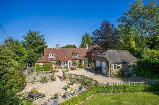 5 Bedrooms Detached House for sale in West Street Lane, Maynards Green, Heathfield, East Sussex