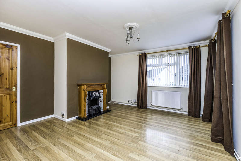 2 Bedrooms Ground Flat for sale in Francis Street, Skewen, Neath