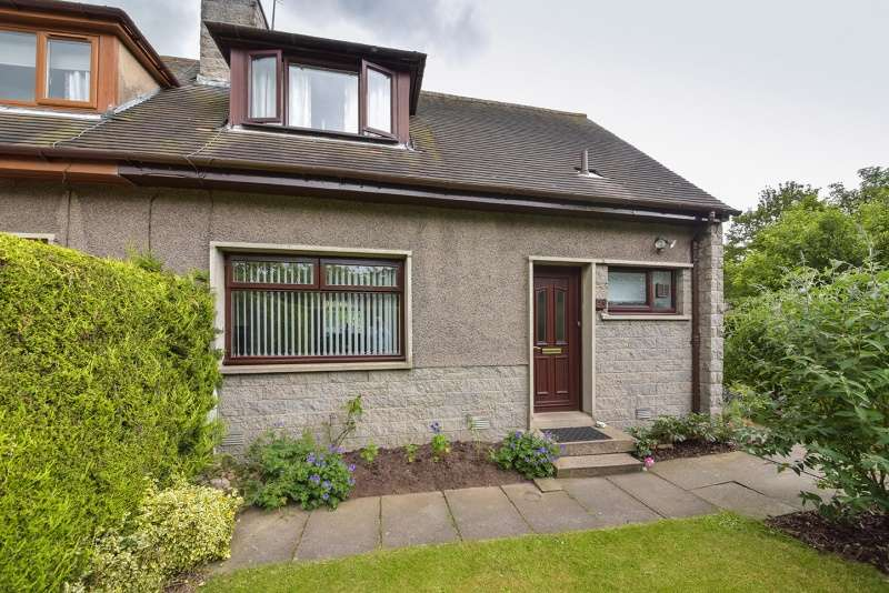 2 Bedrooms Villa House for sale in Polo Gardens, Stoneywood, Aberdeen, Aberdeenshire, AB21 9JU