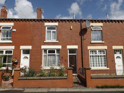 2 Bedrooms Terraced House for sale in Settle Street, Great Lever, Farnworth, Bolton