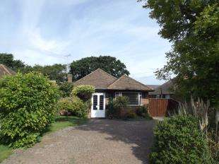 3 Bedrooms Bungalow for sale in Normans Drive, Felpham