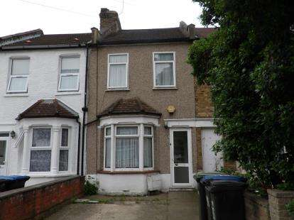 3 Bedrooms Terraced House for sale in St. Malo Avenue, London
