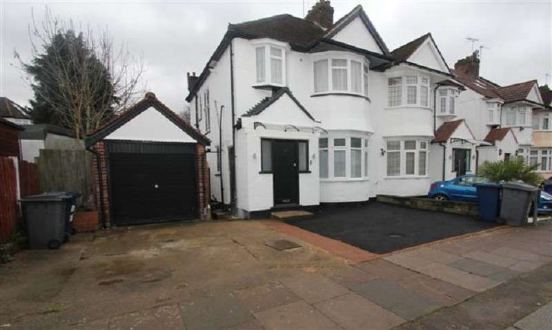 2 Bedrooms Ground Flat for sale in Brook Avenue, Edgware, Greater London. HA8 9XF