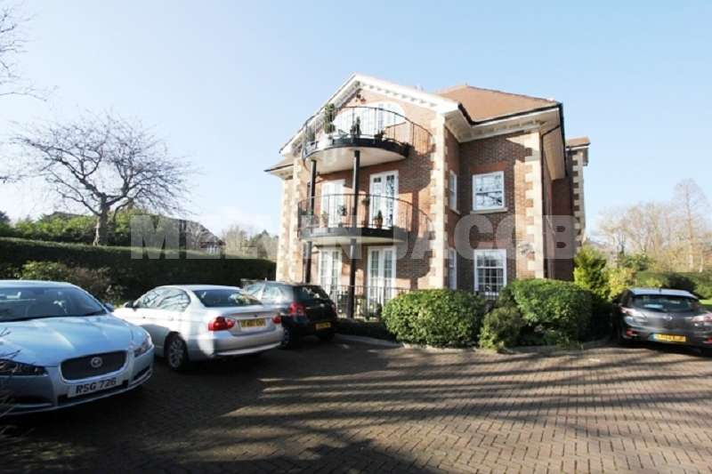 2 Bedrooms Flat for sale in Pinehurst, 30 Uxbridge Road, Stanmore, Greater London. HA7 3LG