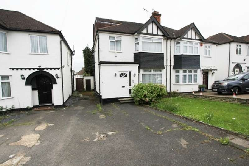 4 Bedrooms Semi Detached House for sale in Windsor Avenue, Edgware, Greater London. HA8 8SR
