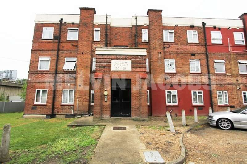 2 Bedrooms Ground Flat for sale in Watford Way, London, Greater London. NW7 2QL