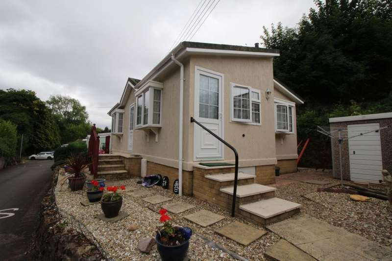 2 Bedrooms Detached Bungalow for sale in Swallow Drive, Exonia Park, Exeter, EX2