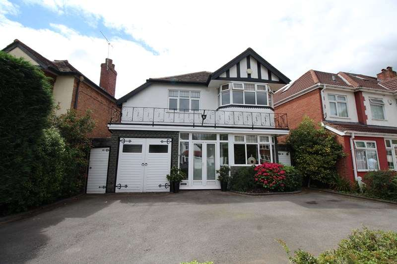 4 Bedrooms Detached House for sale in Ingestre Road, Hall Green, Birmingham