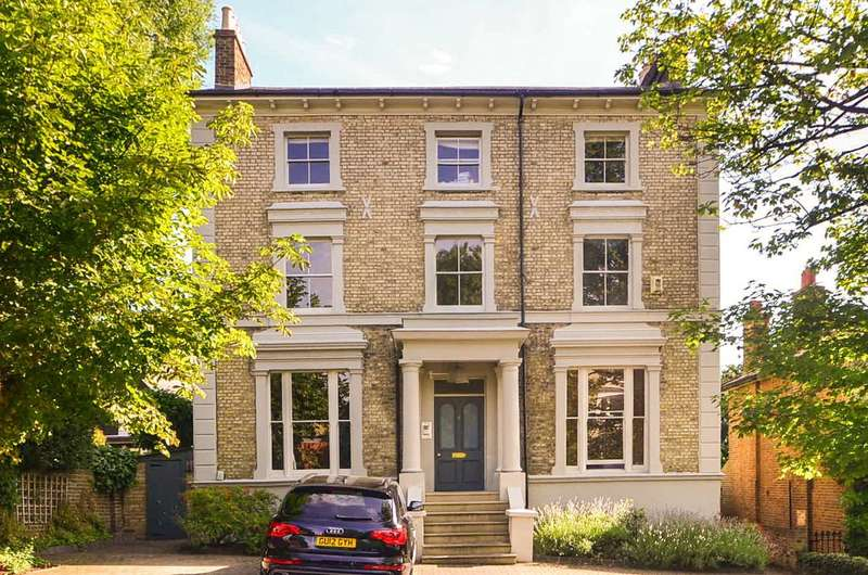 2 Bedrooms Flat for sale in Spencer Hill, Wimbledon, SW19
