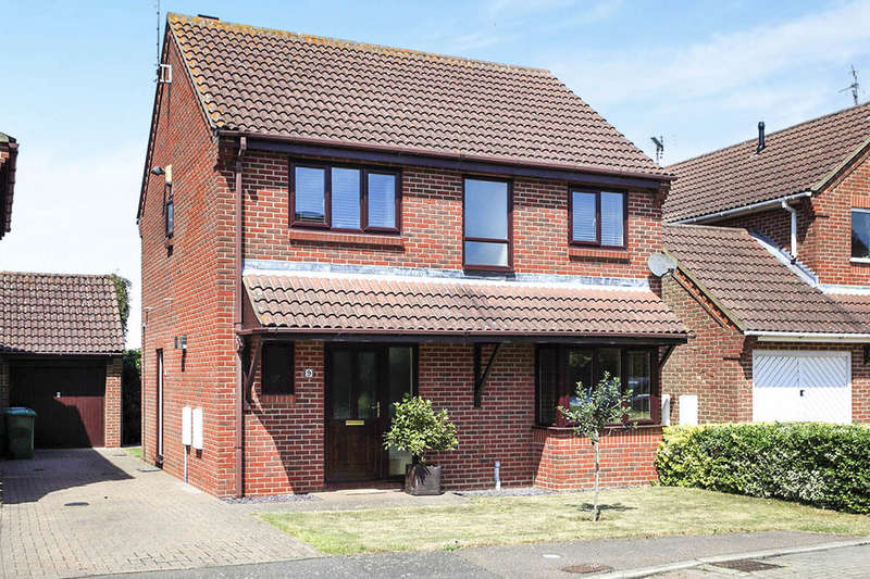 4 Bedrooms Detached House for sale in Spring Drive, Farcet, Peterborough, PE7