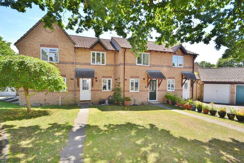 2 Bedrooms Terraced House for sale in Horton Heath