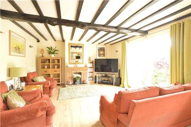 3 Bedrooms Detached Bungalow for sale in Whitecross, ABINGDON, Oxfordshire, OX13 6BU