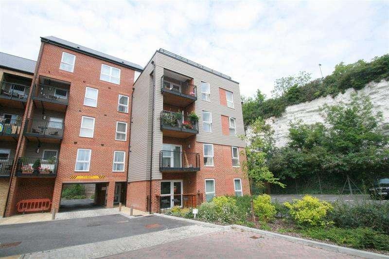 2 Bedrooms Flat for sale in Brunel Way, Bedhampton, Havant